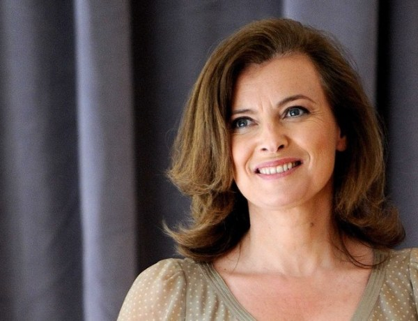 """Valérie Trierweiler remercie les """"cabots"""" qui ont souhaité ses 50 ans"""