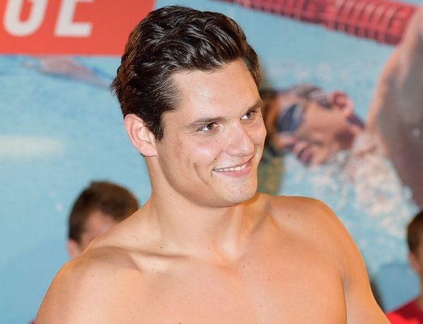 Florent Manaudou tombe le maillot pour Karl Lagerfeld !
