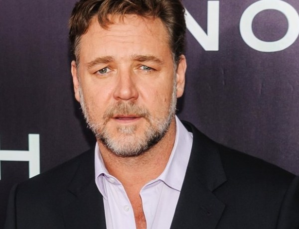 Russell Crowe organise une vente aux enchère pour financer son divorce