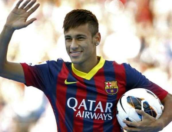 Neymar sort une merveille de coup-franc avant PSG – Barcelone
