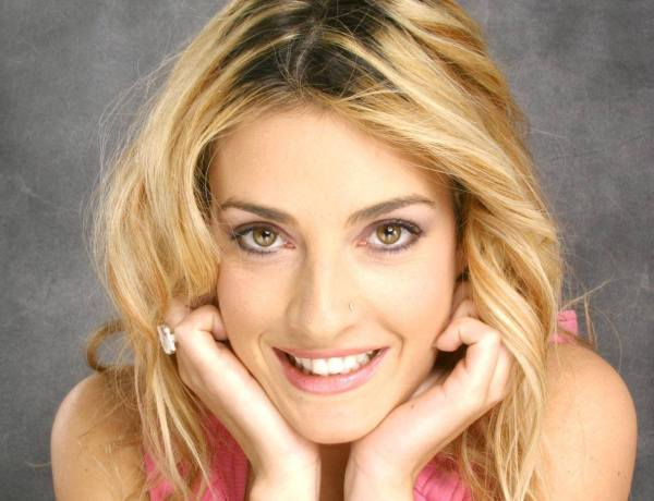 #TPMP : Eve Angeli pour remplacer Nabilla ?