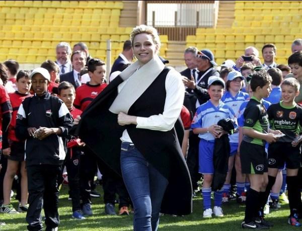Charlène de Monaco se donne à fond pour le sport et les enfants !