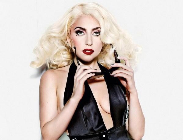 Lady Gaga : Accident de jupe sur le tournage de la série American Horror Story
