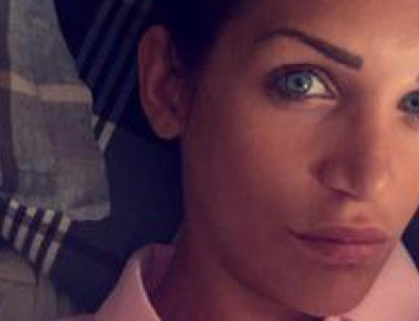 #FriendsTrip2: Julia Paredes bientôt mariée?