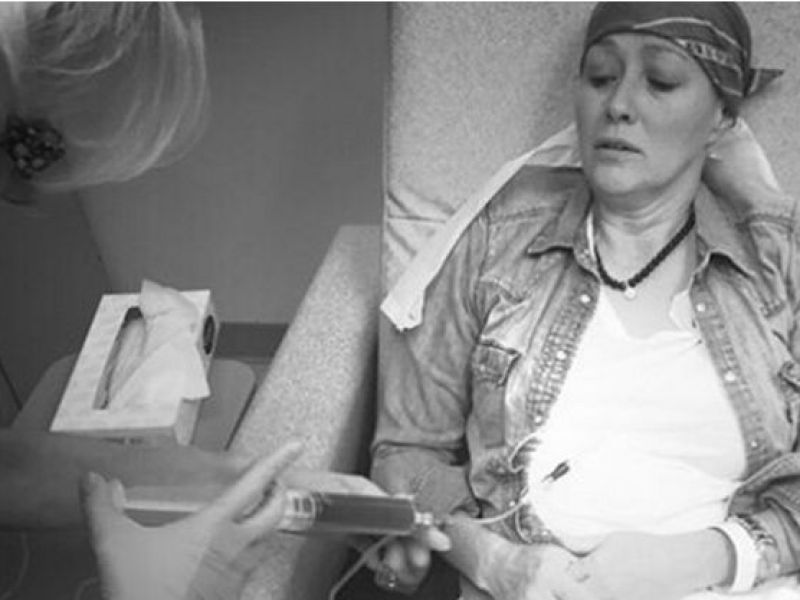 Shannen Doherty poste une photo d'elle pendant sa chimio…