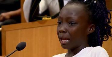 Cette fillette de 9 ans dénonce les violences policières… c'est magnifique