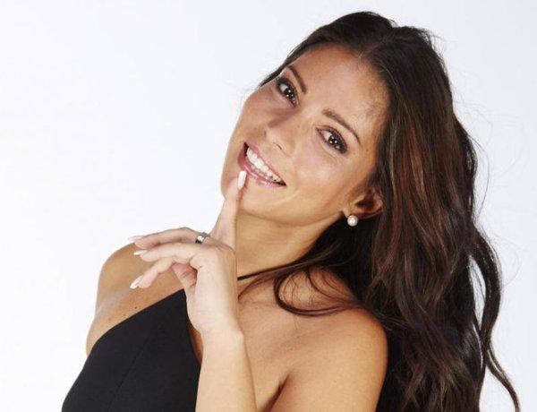 #SS10 : Sophia dévoile le visage de son véritable petit ami depuis un an !
