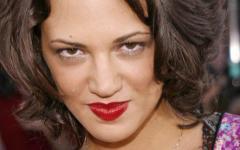La Dolce Vita : Asia Argento a-t-elle trouvé l'amour lors d'un tournage en Italie ?