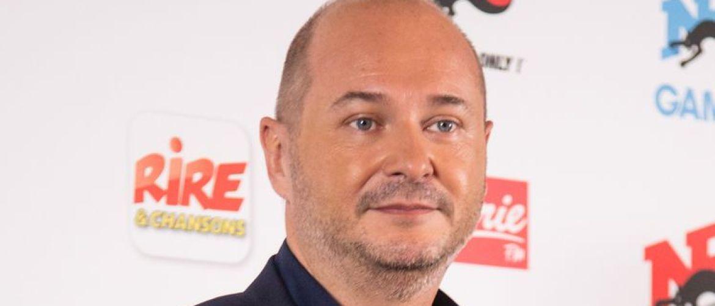 Cauet en larmes à la radio après ses propos polémiques sur l'affaire Cécile de Ménibus/Rocco Siffredi