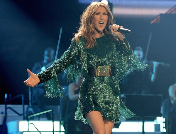 Céline Dion toujours plus déjantée sur scène !