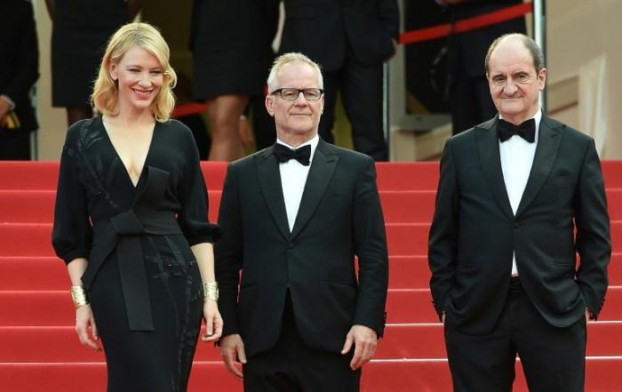 Cate Blanchett aux côtés de Thierry Frémaux et Pierre Lescure lors de la projection du film Sicario au Festival de Cannes, le 19 mai 2015