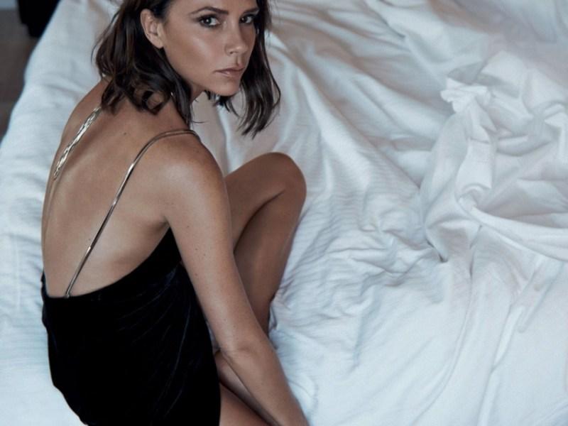 Victoria Beckham et son étrange pose pour Vogue amuse tout le Web
