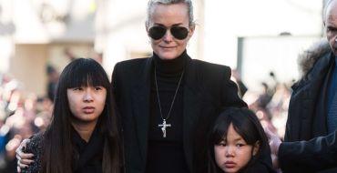 Laeticia Hallyday en larmes au moment de faire ses adieux à Saint-Barth… et à Johnny