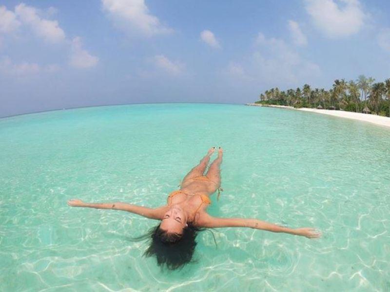 Jade Lagardère enflamme le web avec ses photos ultra-sexy