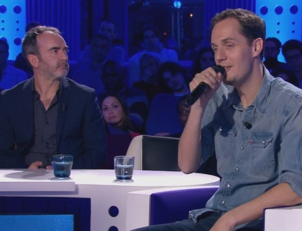 """ONPC : Grand Corps Malade bouleverse le public avec son titre """"Dimanche soir"""""""