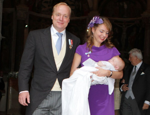 Pays-Bas: le fils illégitime du cousin du roi reçoit le titre de «prince»