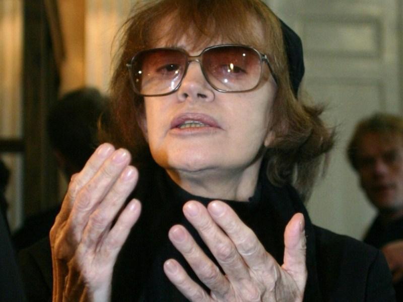 """Nadine Trintignant appelle Cantat à s'arrêter """"complètement"""""""