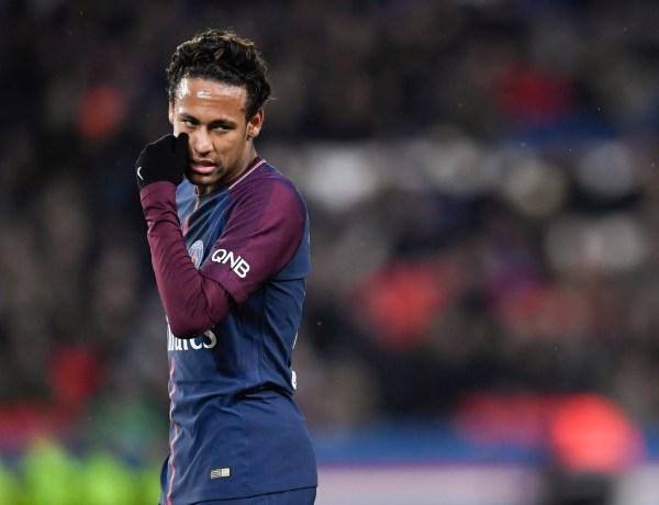 Neymar : Son hommage à Stephen Hawking ne passe pas du tout
