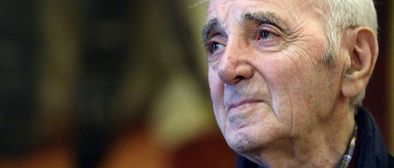 Charles Aznavour contraint d'annuler un concert : Son état de santé inquiète ses fans