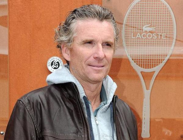 Roland-Garros : Denis Brogniart et son épouse amoureux comme au premier jour !
