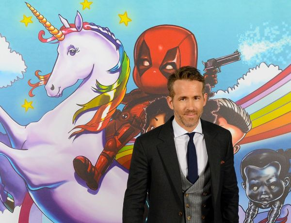 Ryan Reynolds donne son… e-mail pendant une interview