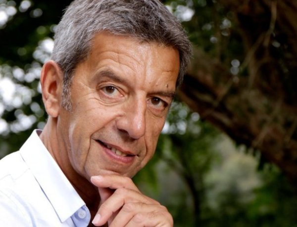 Michel Cymes : Découvrez le salaire mirobolant du médecin préféré des Français