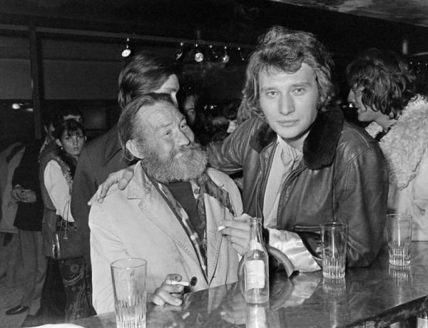 "Johnny Hallyday était ""souvent alcoolisé du matin au soir"""