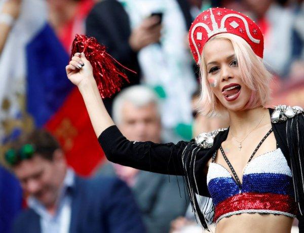 """<font color=""""#be075e"""" >Burger King</font>  invite les Russes à coucher avec les footballeurs étrangers"""