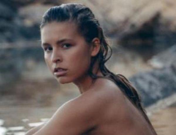 Nue devant le Mur des Lamentations, cette mannequin belge fait polémique