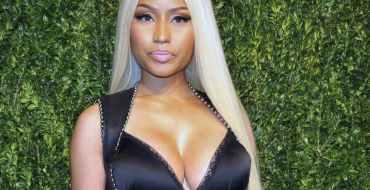 """<font color=""""#be075e"""" >Nicki Minaj</font>  : Ultra sexy sur Instagram pour son clip « Bed » !"""