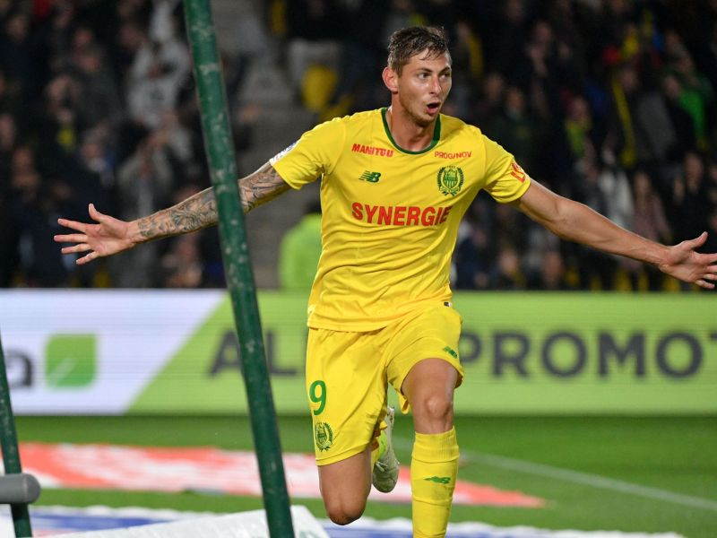 Mort d'Emiliano Sala : Un ancien commandant de bord Air France accable le pilote