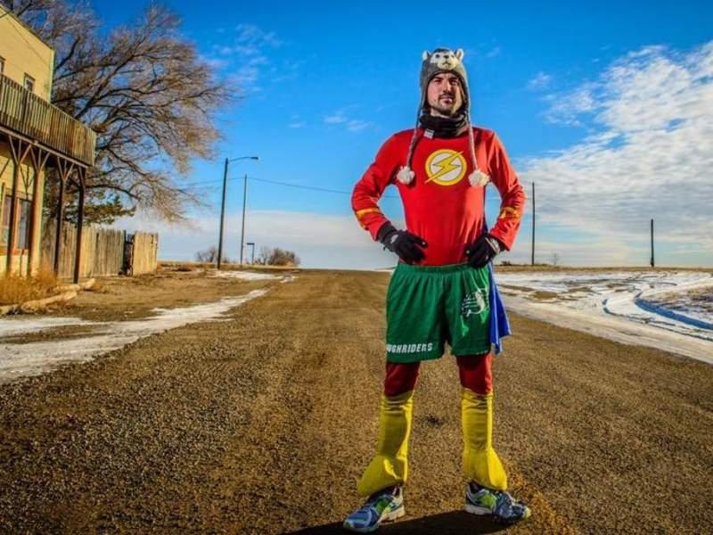 Record du Monde : Il parcourt 827 km sur un tapis de course