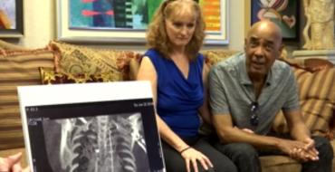 Il vit depuis 14 ans avec un fil métallique de 1m50 dans le corps
