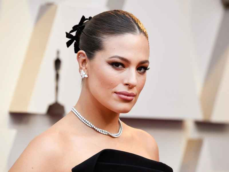 Surprise : Le mannequin Ashley Graham est enceinte !