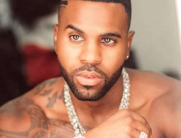 Jason Derulo : Instagram censure une photo beaucoup trop sexy du chanteur