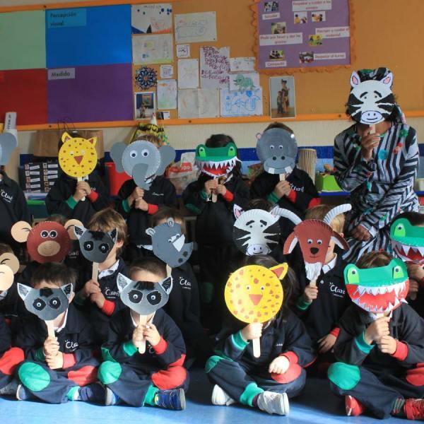 Niños disfrutando en el taller diversidad