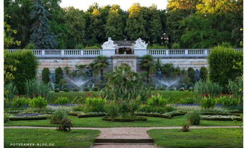 Skulpturen im Sizilianische Garten