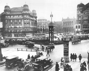 Verkehr am Potsdamer Platz um 1920