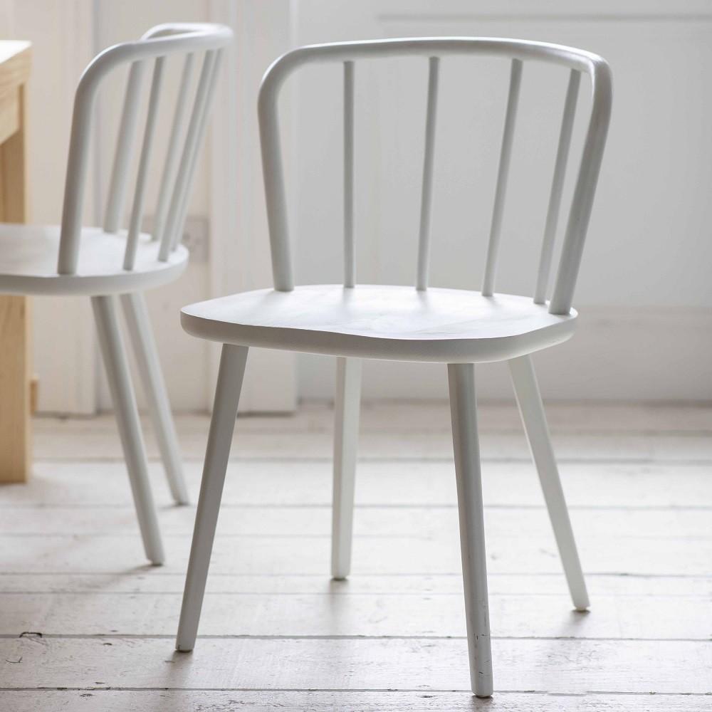 ensemble de 2 chaises en bois de frene blanc pouf design