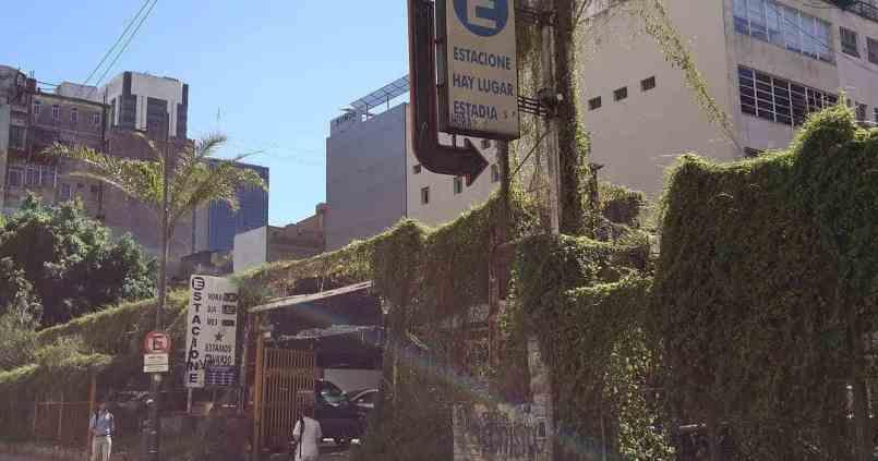 Les parking à Buenos Aires c'est quelque chose. 1
