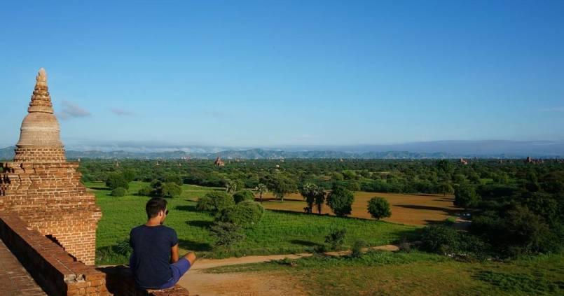 Magnifique lever de soleil à Bagan. 1