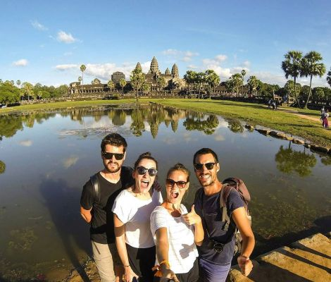 Angkor avec les copains, c'est encore mieux 😍 5