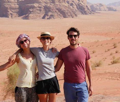 Les Morissettes sur fond de Wadi Rum 😍 #seulesaumonde #jordanie #jordan 7