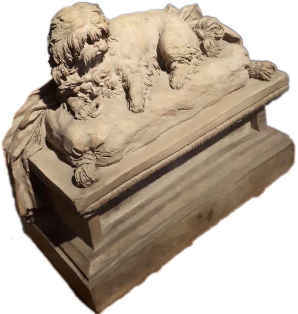 Claudion, Monument pour un chien, vers 1780-1785, Terre cuite, H. 16,50 cm L. 18 cm P. 8 cm - Présentée au Musée Cognacq-Jay