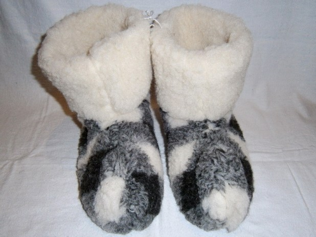 Boot-slippers. Best 10 Ideas for Choosing Winter Gifts