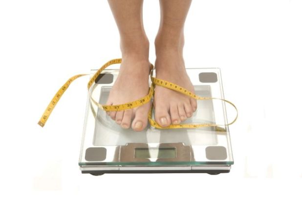 weightloss-scale How to Lose Weight at Age +40