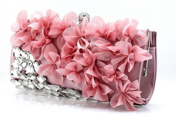 2013-new-design-women-luxury-diamond-petal 50 Fabulous & Elegant Evening Handbags and Purses