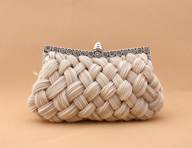 Evening_Bag_16CMzz 50 Fabulous & Elegant Evening Handbags and Purses