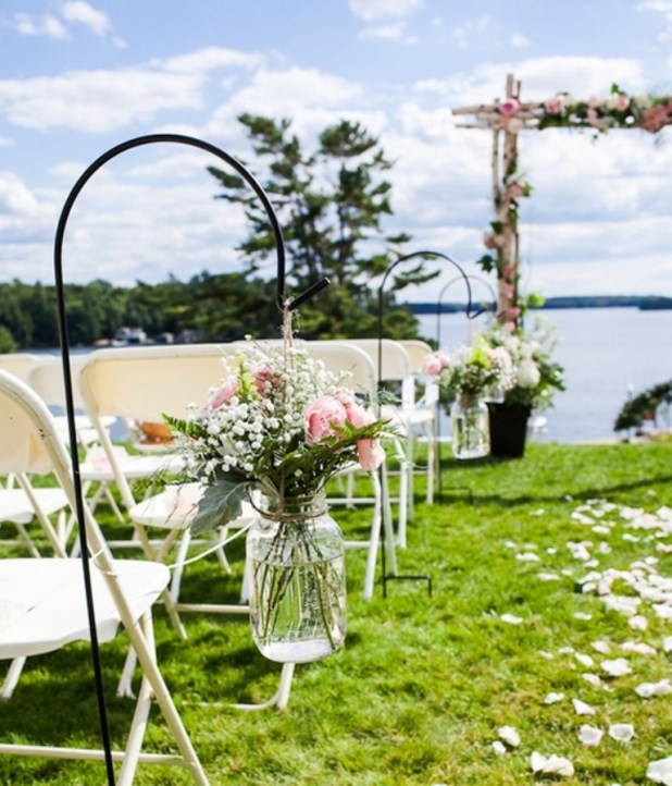wedding-garden-ideas-with-flower-decoration-2014 25 Awesome Wedding Decorations in 2014