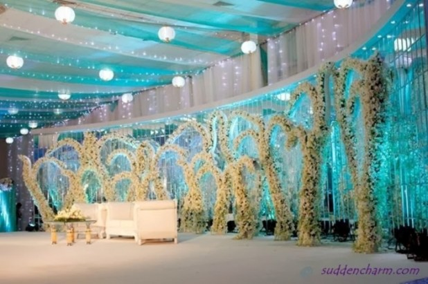 wedding-stage-5 25 Awesome Wedding Decorations in 2014
